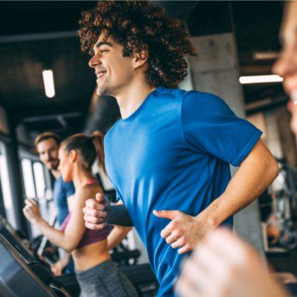 הליכה, ריצה, רכיבה על אופניים ושחייה – שיקולים חשובים לבחירת סוג הפעילות