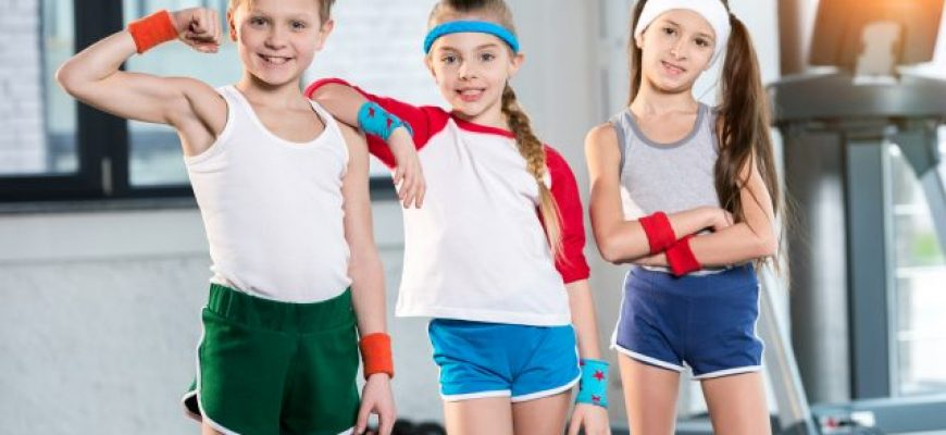 אימון מושכל של ילדים כי הילד אינו מבוגר קטן