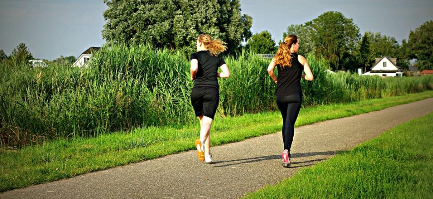 הליכה של 10,000 צעדים ביום – ההשפעה על הבריאות הנפשית והפיזית