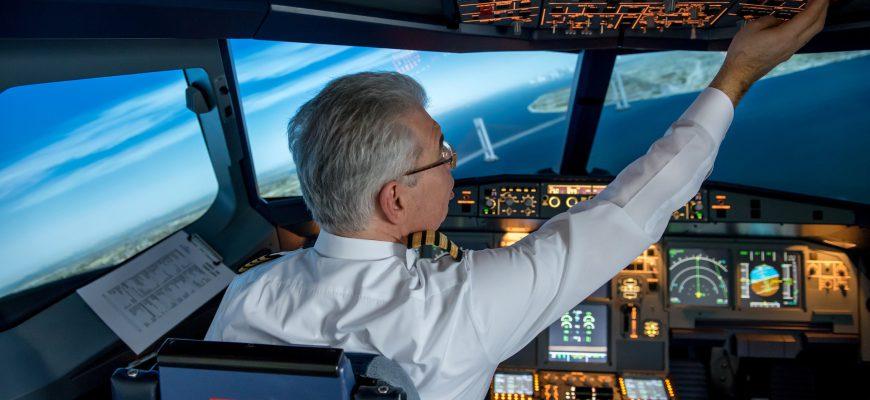 מנח הצוואר, חוזק וגמישות בקרב אנשים בסוגי עבודות שונות וטייסים