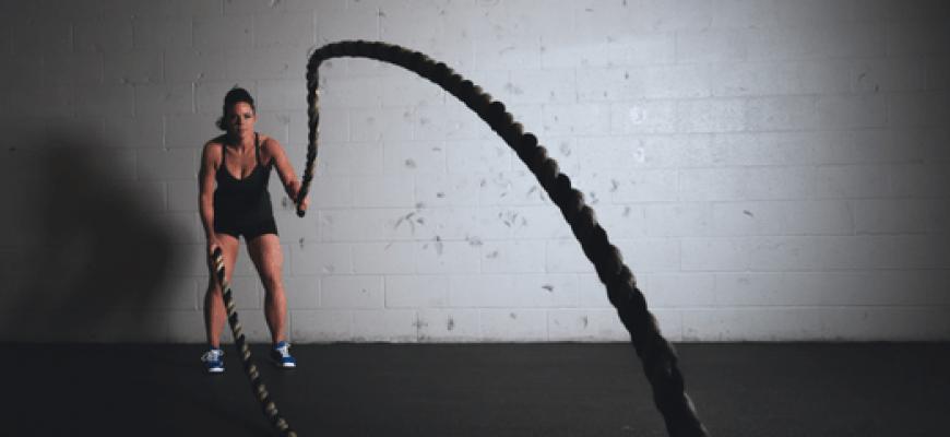 קפיצה בחבל והשפעה על יכולת גופנית והוצאה קלורית